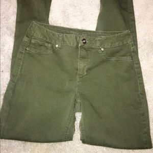 Maurices Green Jeggings ( Medium )